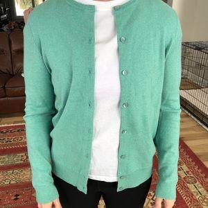 🎉 5/$40 🎉 EUC LL Bean Sweater